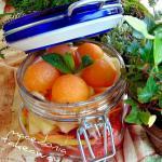 Barattoli di frutta fresca